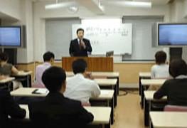NHK「経済最前線」でフォーサイトが取り上げられました