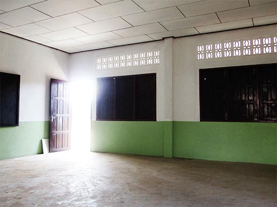 ラオス教育支援プロジェクト ドンニャイ校 新設の高等学校 教室